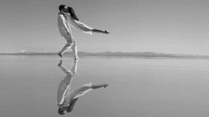 L'envol di Angelin Preljocaj. La danza diventa metafora poetica del volo