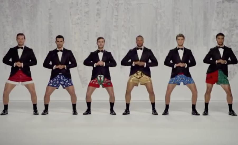 buono sconto fabbricazione abile super economico A Natale Kmart fa ballare e suonare le mutande indossate da ...