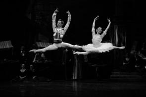 Don Chisciotte di Rudolf Nureyev con Natalia Osipova, Leonid Sarafanov e il Corpo di ballo del Teatro alla Scala su Rai 5