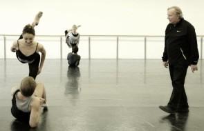 Il Corpo di ballo della Scala debutta in Cello Suites, celebre balletto di Heinz Spoerli