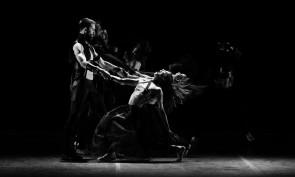 Tosca e Traviata secondo Monica Casadei con Artemis Danza