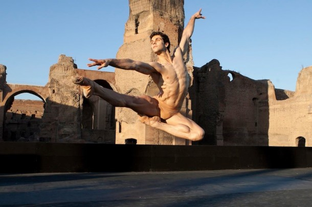 Roberto Bolle and Friends torna alle Terme di Caracalla ed è sold out