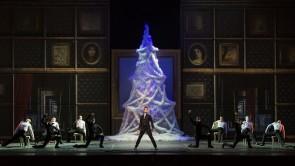 Al Teatro dell'Opera di Roma torna Lo Schiaccianoci di Giuliano Peparini