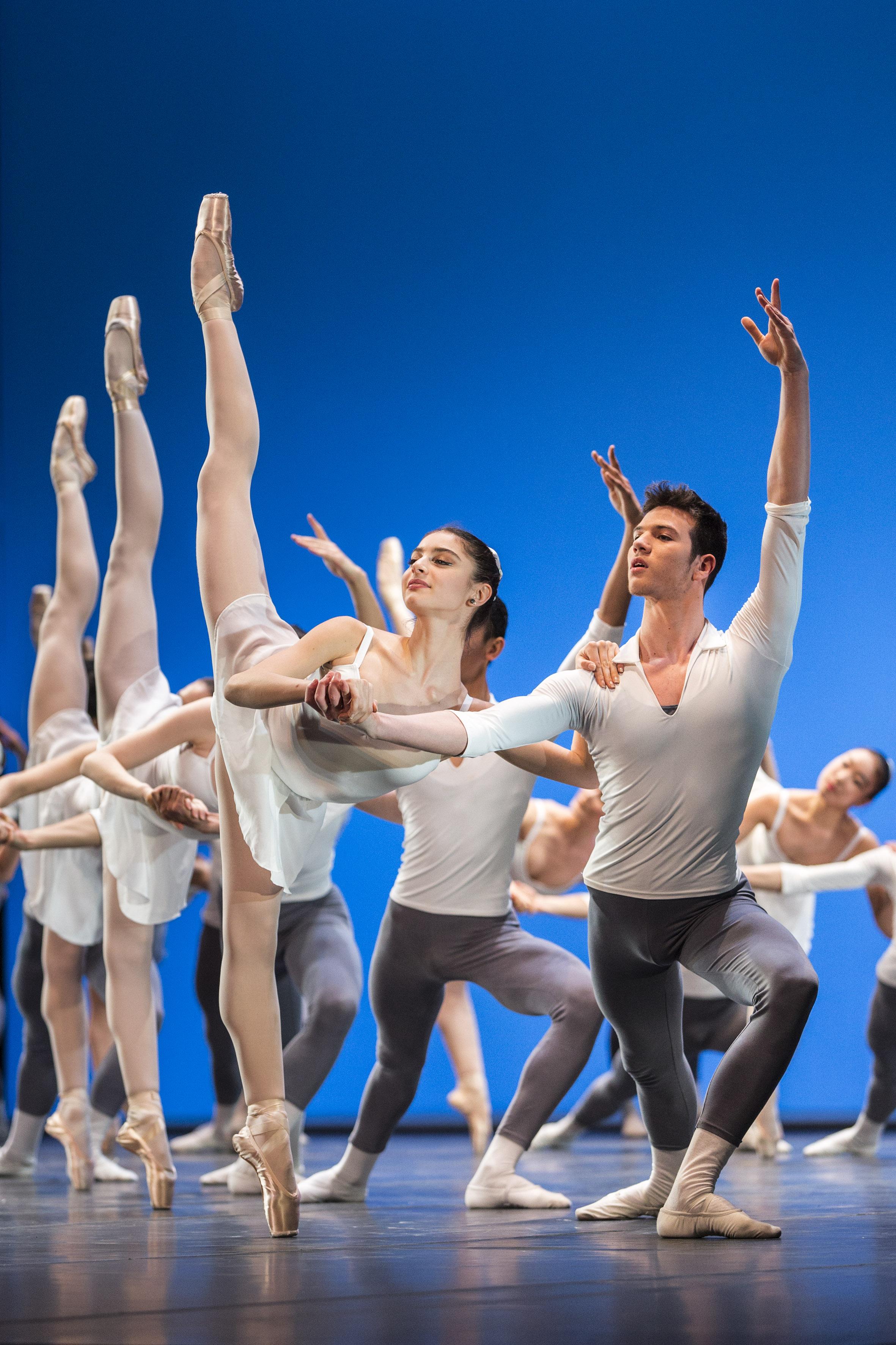 Tra balanchine e preljocaj la scuola di ballo dell - Gemelli diversi un altro ballo ...