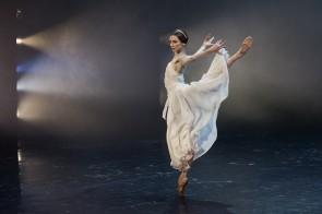 Amore, un nuovo trittico per Svetlana Zakharova