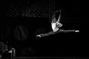 il Balletto del Sud con Le quattro stagioni di Fredy Franzutti a Ozan, festival di Ugento