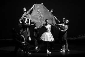 Sabrina Brazzo, Andrea Volpintesta e lo Jas Art Ballet ne Il Mantello di Pelle di Drago di Massimiliano Volpini in tour in Sardegna