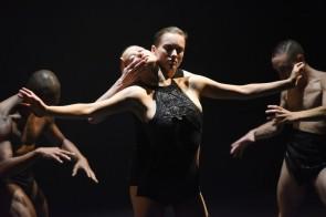 Romaeuropa 2016. OCD LOVE di Sharon Eyal travolge il Teatro Argentina.