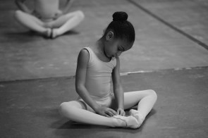 Vorrei iscrivere mio figlia a un corso di danza. Conversazioni tra genitori e insegnanti.