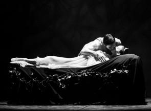 Il Balletto del Sud in tour ne La Bella Addormentata di Fredy Franzutti