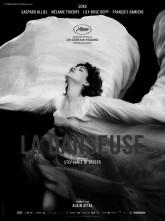 The Dancer. Il film di Stéphanie Di Giusto racconta la storia di Loïe Fuller.