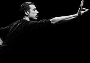 Seminario intensivo di danza contemporanea con Andrea Costanzo Martini