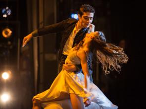 Online Lo Schiaccianoci di Giuliano Peparini con il Corpo di ballo del Teatro dell'Opera di Roma