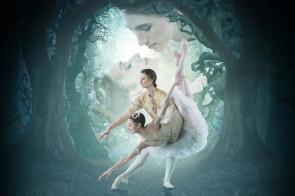 Marianela Nuñez e Vadim Muntagirov ne La bella addormentata in diretta via satellite al cinema dalla Royal Opera House