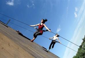 Shifting Places. Laboratorio di danza verticale all'In\Visible Cities Festival.