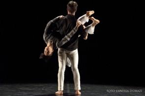 Paola Sorressa, Mandala Dance Company, cerca un danzatore e una danzatrice per nuova creazione 2017