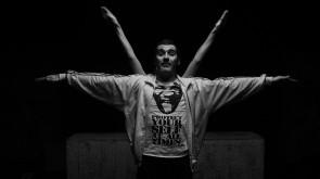 A Roma Alfa - Appunti sulla questione maschile di Roberto Castello per la rassegna Il teatro che danza