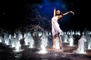 Dragone cerca danzatrici asiatiche per The House of Dancing Water, show acquatico di Giuliano Peparini a Macau