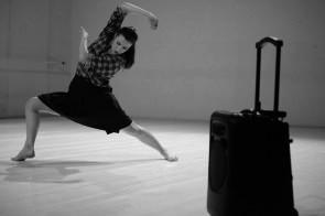 Temporaneo Tempobeat e i lavori di Ariella Vidach: il corpo come dispositivo della scena, la performance come evento di costruzione collettiva.