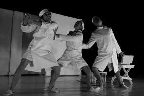 Col naso all'insù di Sosta Palmizi al Teatro Kismet di Bari per DAB KIDS