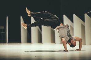 Il ritorno di Sidi Larbi Cherkaoui al Romaeuropa Festival 2017: Fractus V conquista il pubblico romano