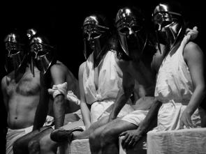 Al Romaeuropa Festival Surrender del film-maker Phil Griffin ripercorre le 24 ore del capolavoro Mount Olympus – To glorify the cult of tragedy di Jan Fabre