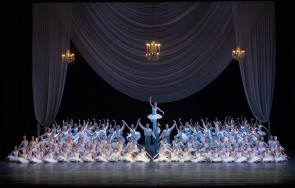 Scuola di ballo del Teatro San Carlo: meritati applausi a scena aperta per una scuola in netta ascesa