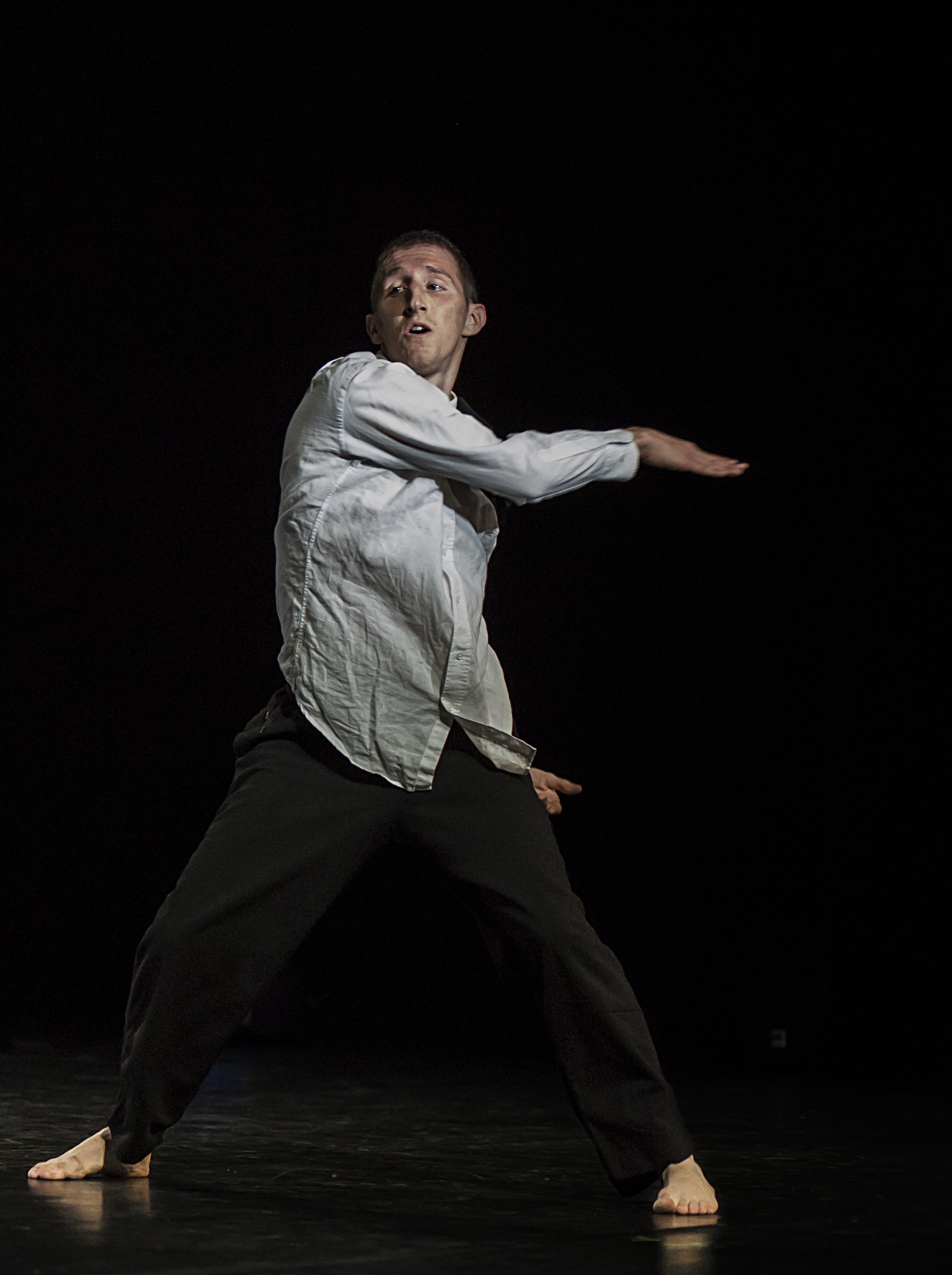 Festival teatri di vetro a ostia la coreografia under 35 for Di tommaso arredamenti ostia