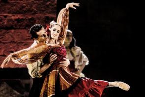 Al Teatro Duse di Bologna il Balletto del Sud con Carmen di Fredy Franzutti
