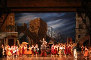 Il Corpo di ballo del Teatro alla Scala in Don Chisciotte di Rudolf Nureyev al Teatro degli Arcimboldi di Milano