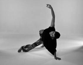 Teatrodanza, improvvisazione e composizione con Rozenn Corbel