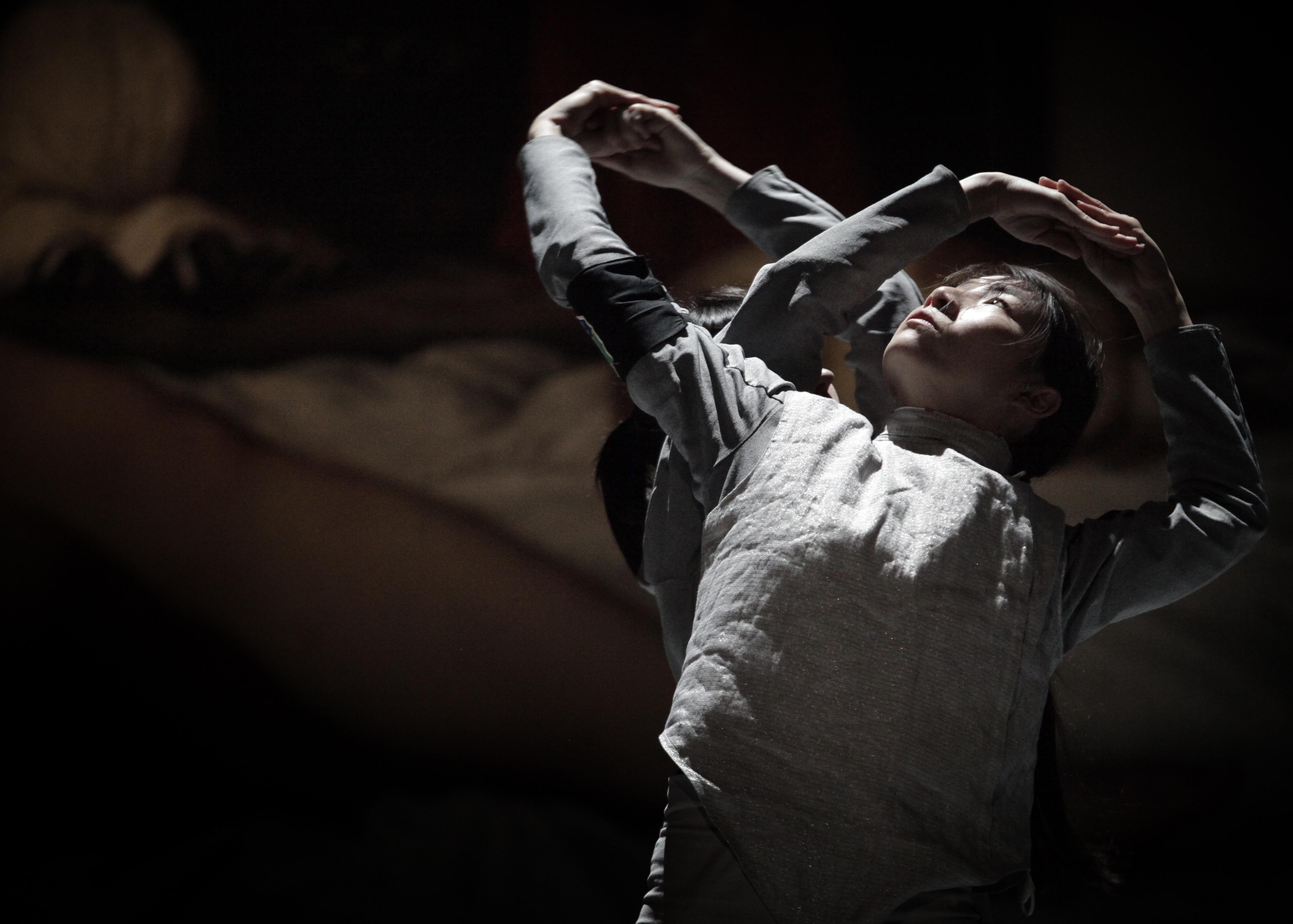 Il collettivo La Veronal nello spettacolo Siena di Marcos Morau per Palcoscenico Danza a Torino - Danza Effebi