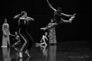 Artemis Danza con Il Barbiere di Siviglia di Monica Casadei al Teatro Malibran per VeneziainDanza 2018