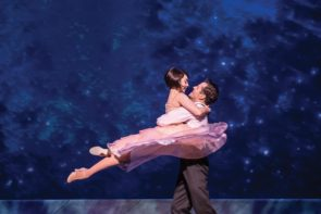 An American in Paris, il musical di Broadway diretto e coreografato da Christopher Wheeldon al cinema