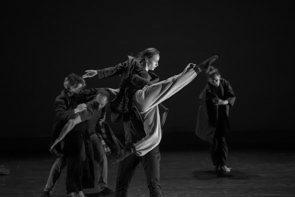 La compagnia Fabula Saltica in Cenerentola una storia italiana… di Claudio Ronda al Florence Dance Festival