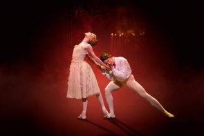 Al cinema Sarah Lamb, Vadim Muntagirov e il Royal Ballet in Manon di Kenneth MacMillan