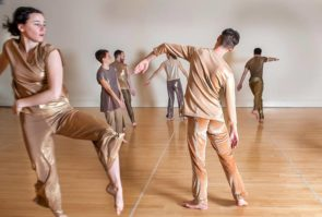 Trisha Brown Dance Company: Spoleto Intensive con Diane Madden, Direttrice Artistica Associata della TBDC