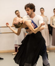 I coreografi, i ballerini e noi: Manon