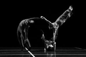 Ravello Festival seleziona 8 danzatrici e 7 danzatori per il progetto Abballamm'! con nuova coreografia di Bill T. Jones. Audizione a Napoli.