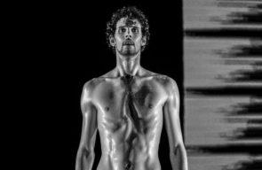 Non solo Medea di Emio Greco e Pieter C. Scholten debutta al Teatro Grande di Pompei nella rassegna Theatrum Mundi del Teatro Stabile di Napoli e del Parco Archeologico
