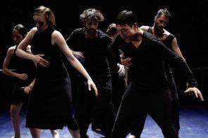 La danza potente di #minaret del libanese Omar Rajeh scuote il pubblico di Romaeuropa festival 2018