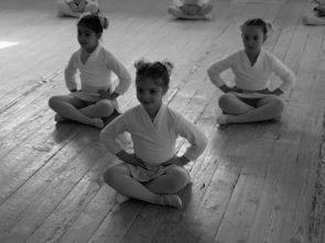 Vuoi diventare un insegnante di danza e il tuo sogno è aprire una scuola di danza? Dieci (d)-istruzioni per l'uso.