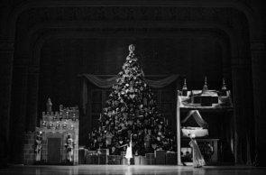 Royal Ballet al cinema. In diretta dalla Royal Opera House di Londra Lo Schiaccianoci di Peter Wright con Marianela Nuñez e Vadim Muntagirov