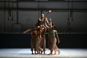 De Rerum Natura di Nicola Galli con il Nuovo Balletto di Toscana al Teatro Abeliano di Bari per DAB19