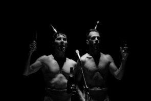 C&C Company in Beast without Beauty di Carlo Massari al Teatro Biblioteca Quarticciolo