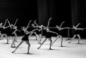 Serata speciale al Teatro Costanzi: applausi per gli allievi della Scuola di Danza del Teatro dell'Opera di Roma