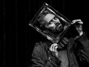 Al Piccolo Teatro Strehler Raoul di James Thierrée tra teatro, circo e danza