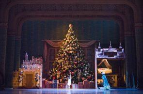 Royal Ballet al cinema. Lo Schiaccianoci di Peter Wright con Lauren Cuthbertson e Federico Bonelli