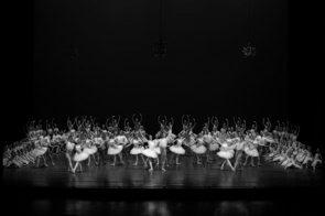 Scuola di Ballo del Teatro San Carlo di Napoli. Pubblicato il bando per l'ammissione alla Scuola diretta da Stéphane Fournial per l'anno 2020/2021