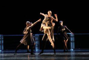 Online Cinderella di Fabrizio Monteverde con Anbeta Toromani, José Perez e il Corpo di ballo del Teatro Massimo di Palermo